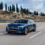 Audi-e-tron_quattro_Concept-2015-1600-06